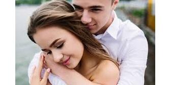 【モゲ】高校で出会い、嫁からのストーキング期間半年を経て、半強制的に付き合い初めてから結婚三年目、初めて自分から「愛してる」と伝えてみた