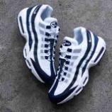 『12/21 発売 NikeAIRMAX 95 ESSENTIALCI3705-400』の画像