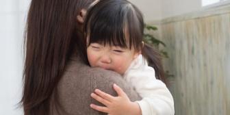 人助けで赤ちゃんを抱っこしてあげようと思ったら断られた。人助けを遠慮しないといけないとは寂しい時代になったものだね