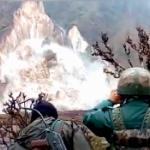 【動画】インド、山の斜面で大規模な土砂崩れが発生!真正面から完璧な瞬間映像 [海外]