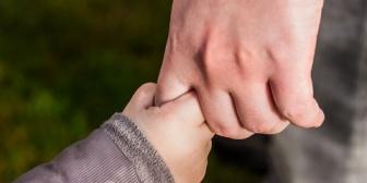今朝、離婚しようと言われた。 子供まだ8ヶ月なのに。私も悪いけどあなたにも悪いところはあったよね?