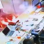 【動画】中国、自称「アップルストア」で電池交換も故障、再度電池交換に行ったら爆発! [海外]