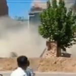 【動画】中国、4階建ての建物が手抜き工事が原因で倒壊!隣の建物まで巻き込んで倒壊