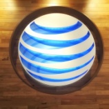 『【AT&T】売上高が予想を下回り-4%と株価急落!配当利回りは6.6%まで上昇し、インカム投資家にとっては朗報か。』の画像