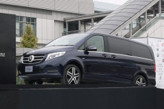 メルセデス・ベンツ、日本専用のクリーンディーゼルを搭載した新型「Vクラス」を発表!