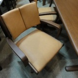 『【2012年9月2日まで飛騨の家具 先行予約会】イバタインテリアの回転チェアLDセット・More』の画像