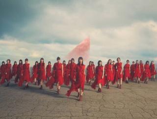 【櫻坂46】これマジか?!無言の宇宙MVで卒業メンバーの伏線が