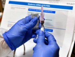 【超絶朗報】製薬会社「コロナワクチン開発してたら何か知らんがHIVワクチンできちゃったんだけど(笑)」⇒ 世界中大歓喜
