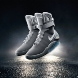 "『SNKRS charity raffle start : 10/4-10/10  ""NIKE MAG 2015"" チャリティ抽選開始』の画像"