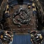 【画像】「スマホの身、甲冑がお守り申す」甲冑スマホカバーが7020円wwww