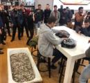 iPhoneXsを買うために浴槽一杯に硬貨を入れて来店した客が話題に 店員が全て数える羽目に
