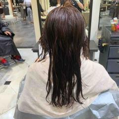 表参道 神宮前 東京都内で美髪パーマが得意な美容室ミンクス原宿 須永健次 ロングに細か過ぎない大人なナチュラルパーマをかけてみました。ロングでも自然なパーマはかけられます!