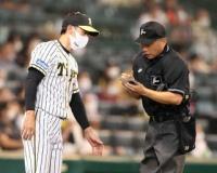 矢野監督の「覚悟」見た秋山に代打 選手たちへ送った、強烈メッセージ「巨人を倒して優勝