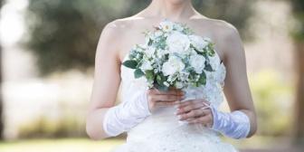 亡き母の想いもありささやかで良いから結婚式をしたいと言っても断固拒否の婚約者。極めつけに…