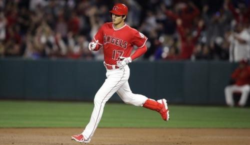 韓国人「やはり大谷は・・」大谷翔平のメジャー初本塁打ほか3安打の猛打賞を見た韓国の反応