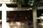 傍示の里の神社の鳥居…地面に埋まってて通り抜けできません!【交野のナナ不思議!?】